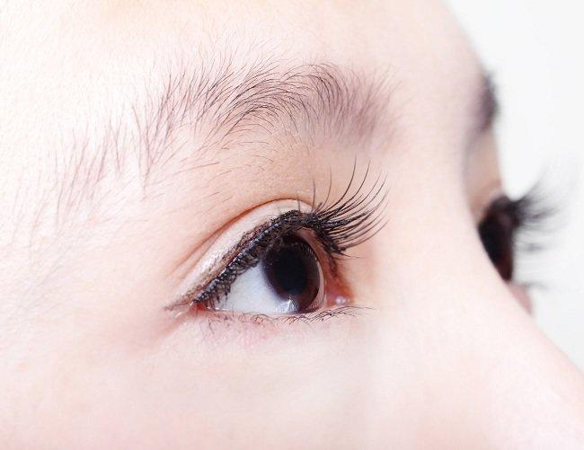 Cara Memilih Frame Kacamata Yang Mencerminkan Gaya Kami